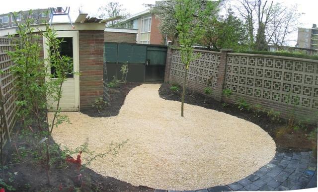 Ontwerpen voor kleine tuinen for Aanleg kleine tuin